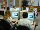 image by Michael Surran https://en.wikipedia.org/wiki/File:Students_taking_computerized_exam.jpg