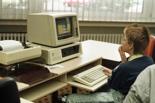 Jugend-Computerschule mit IBM-PC